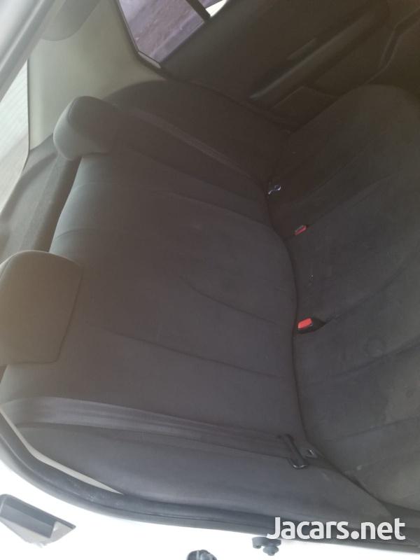 Nissan Tiida 1,5L 2011-8