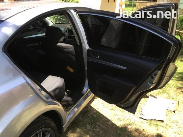 Subaru Legacy 2,0L 2011-4