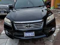Toyota Vanguard 1,6L 2011
