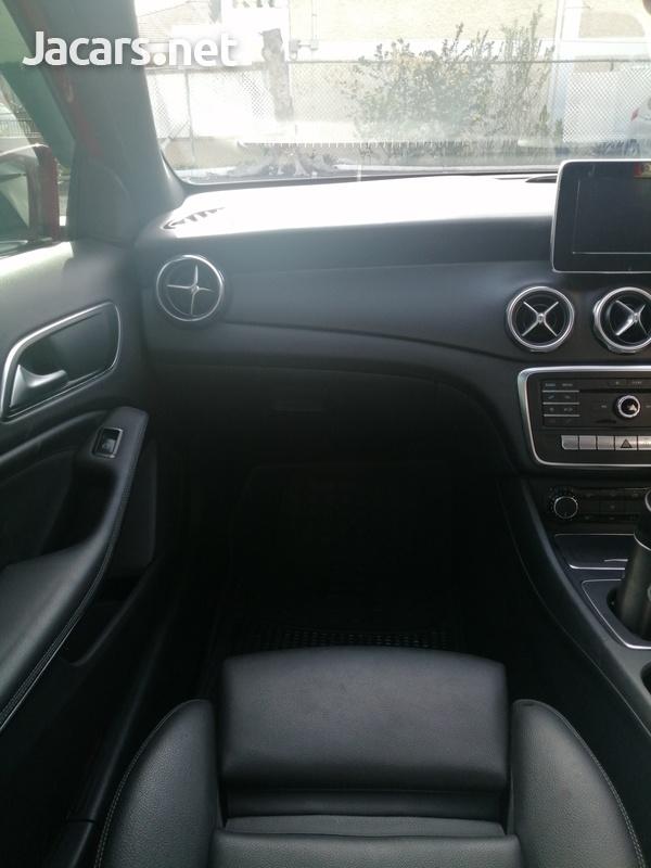 Mercedes-Benz GLA-Class 2,0L 2018-11