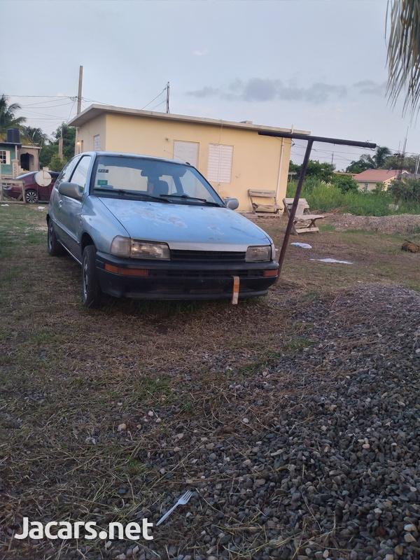 Daihatsu Charade 0,5L 1990-4