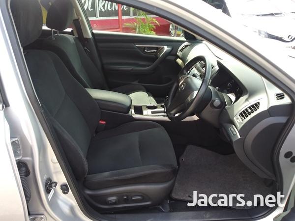 Nissan Teana 2,4L 2017-8
