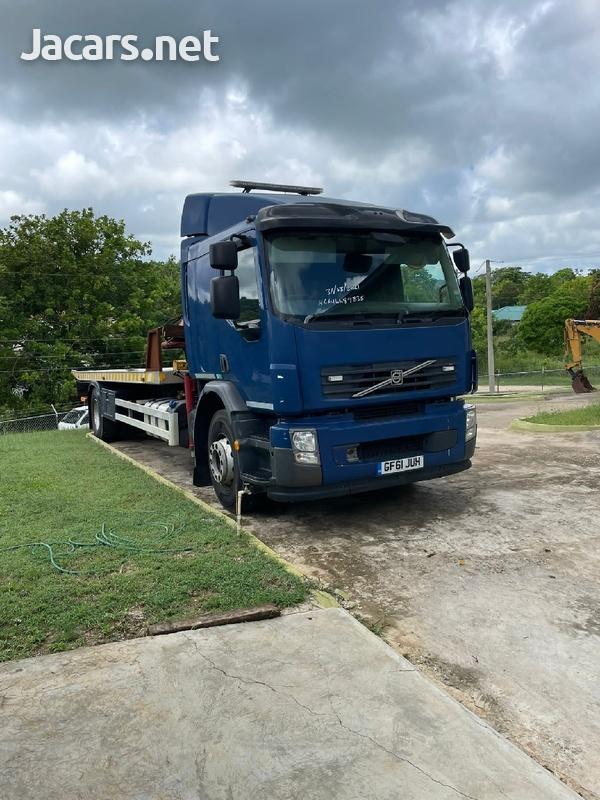 Volvo 18 Ton Wrecker-2