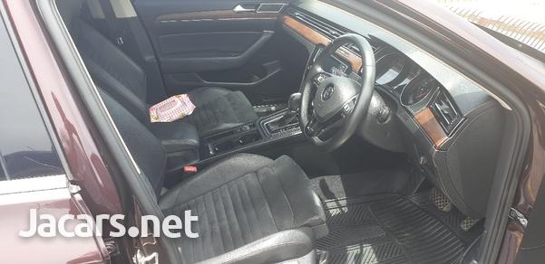 Volkswagen Passat 2,0L 2016-3