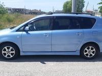 2004 Toyota Picnic