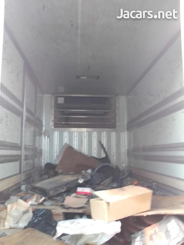 2005 Isuzu Elf Box Truck-3