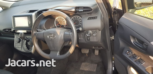 Toyota Wish 1,6L 2011-6