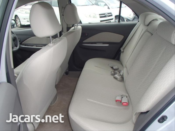 Toyota Belta 1,3L 2012-12