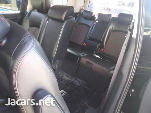 Nissan Elgrand 2,3L 2015-8