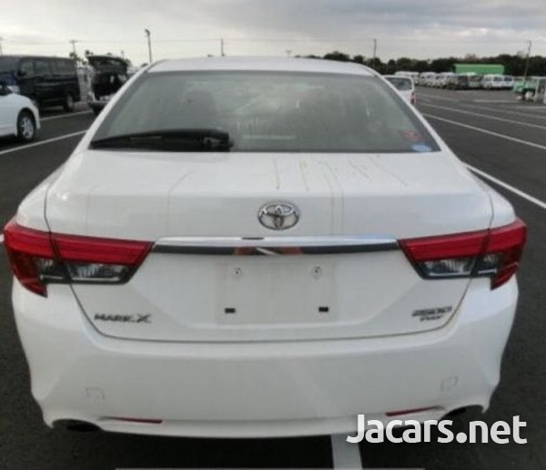 Toyota Mark X 2,6L 2014-4