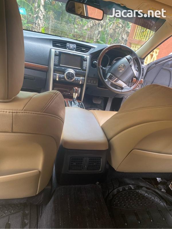 Toyota Mark X 3,5L 2014-5