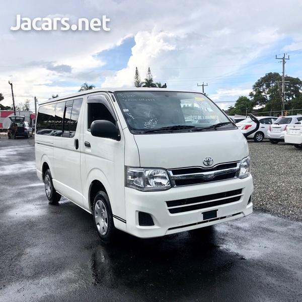 Toyota Hiace 2,0L 2011-1