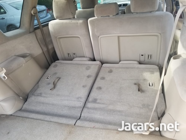 Toyota Ipsum 2,0L 2009-3