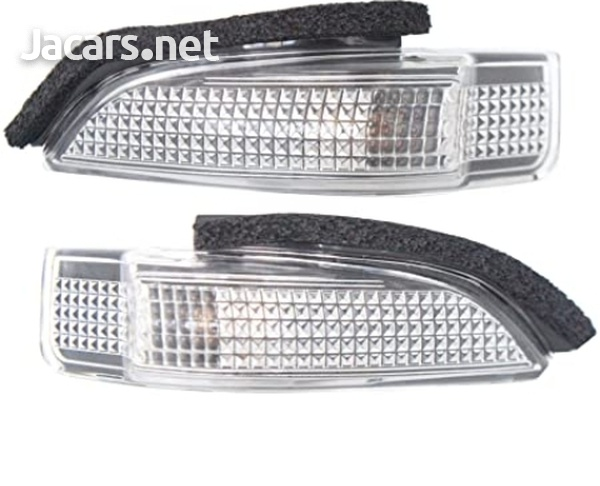 Toyota Axio 2013 mirror indicator glass and front tow bar cover-1