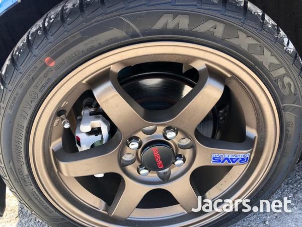 Toyota Vitz 1,5L 2018-8