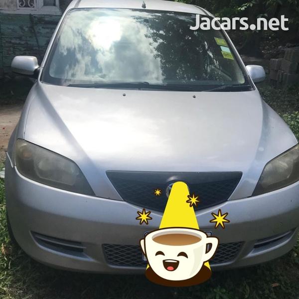 Mazda Demio 1,5L 2003-3