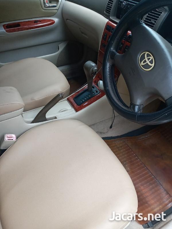 Toyota Corolla Altis 1,6L 2004-4