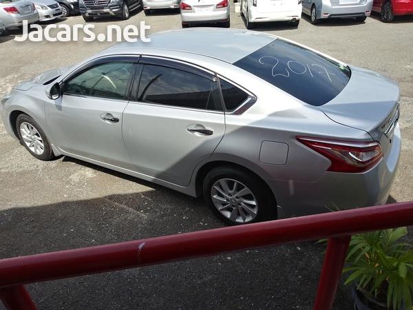 Nissan Teana 2,4L 2017-11