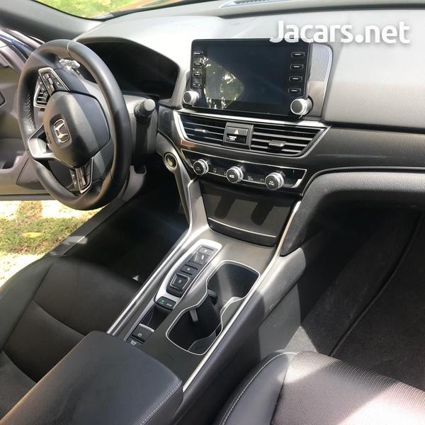 Honda Accord 2,0L 2018-2