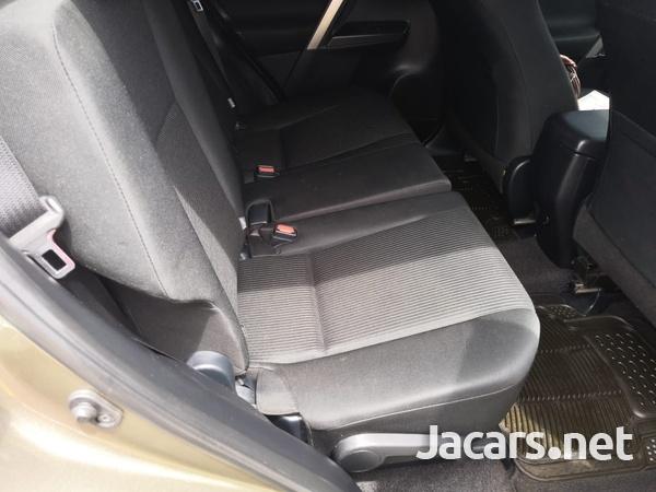 Toyota RAV4 2,0L 2017-7