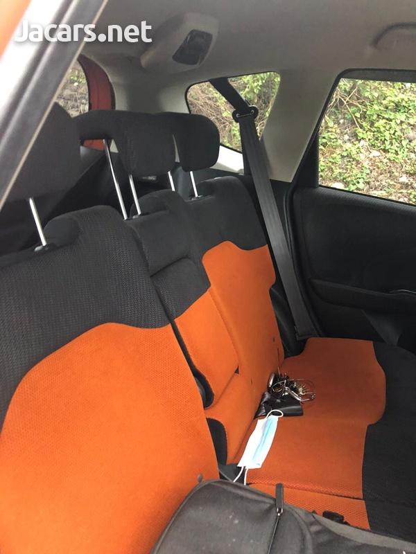 Honda Fit 1,5L 2012-8