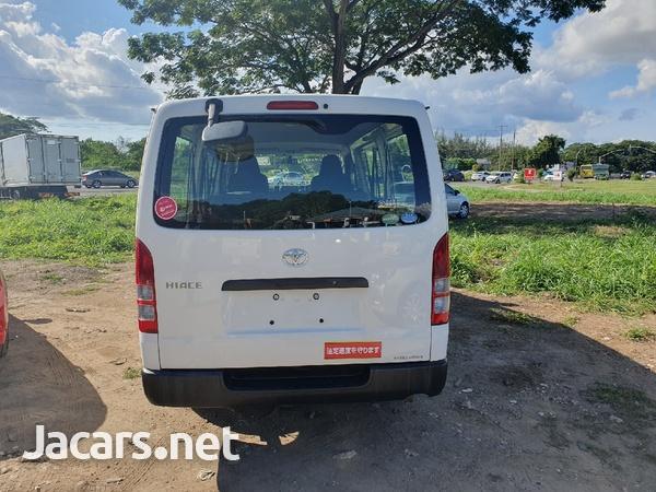 Toyota Haice Bus 2,0L 2013-4