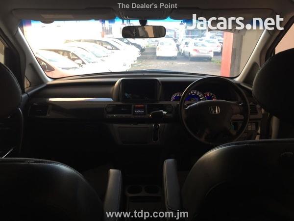 Honda Elysion 2,4L 2011-5