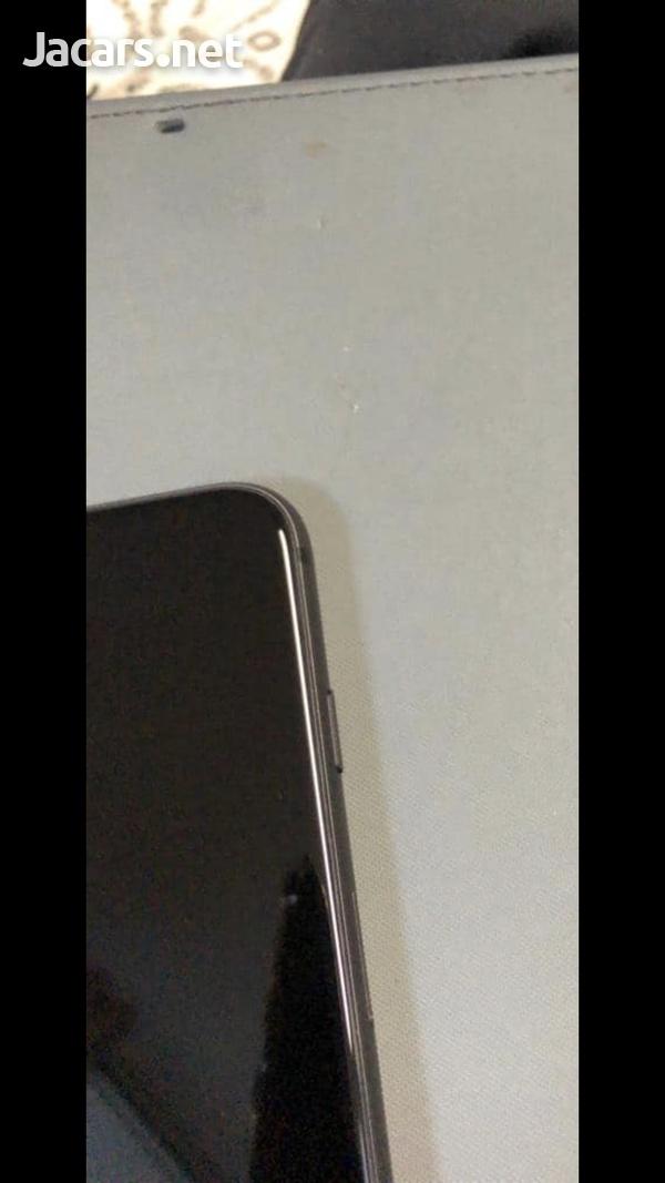 iPhone 8 64gb-4