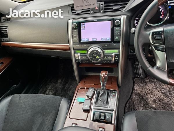Toyota Mark X 2,5L 2016-12