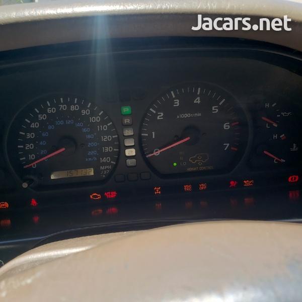 Toyota Land Cruiser 4,0L 2001-7