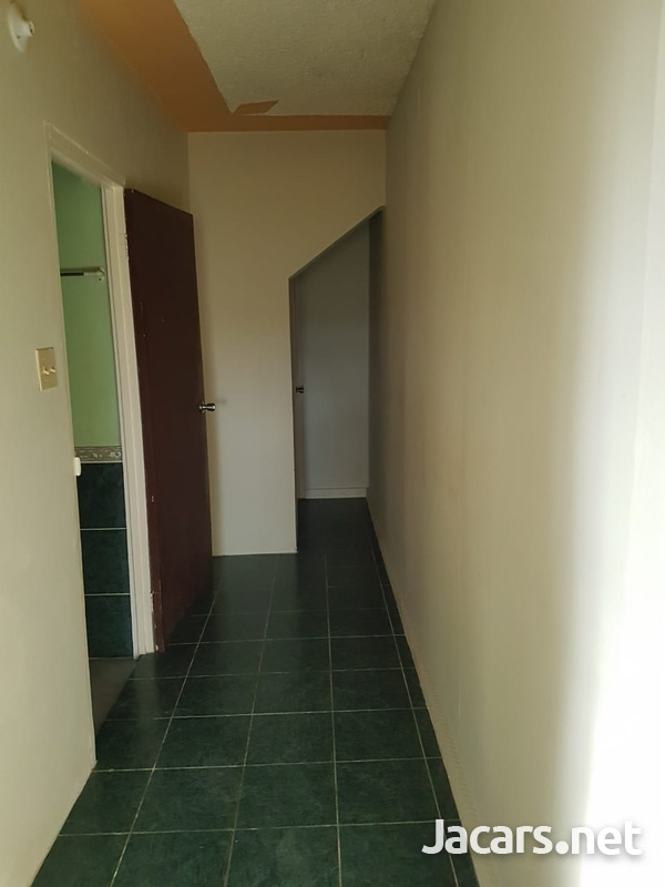 One bedroom, walking closet, bathroom, kitchen and verandah-3