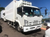 Isuzu Box Body Truck 3,7L 2010