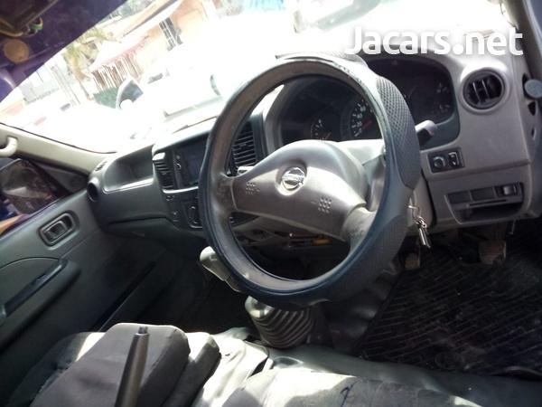Nissan Caravan 2,0L 2009-2