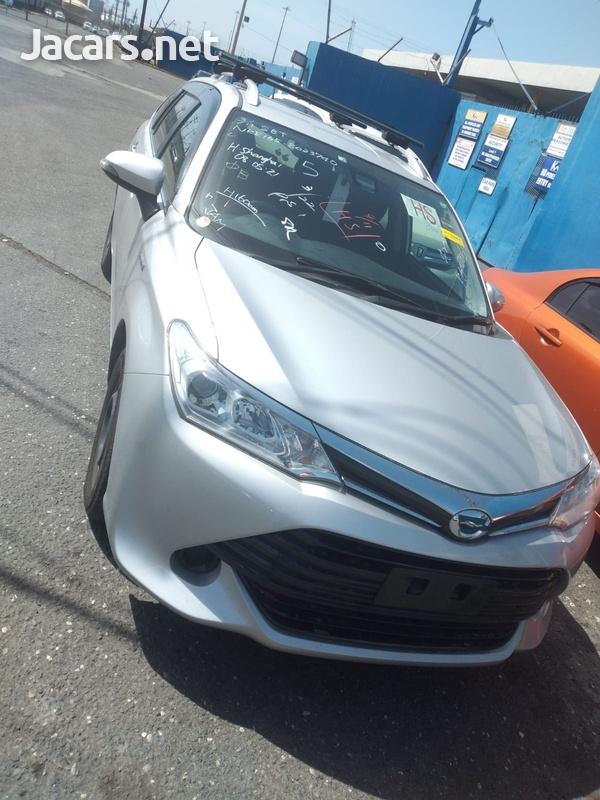 Toyota Fielder 1,6L 2016-1