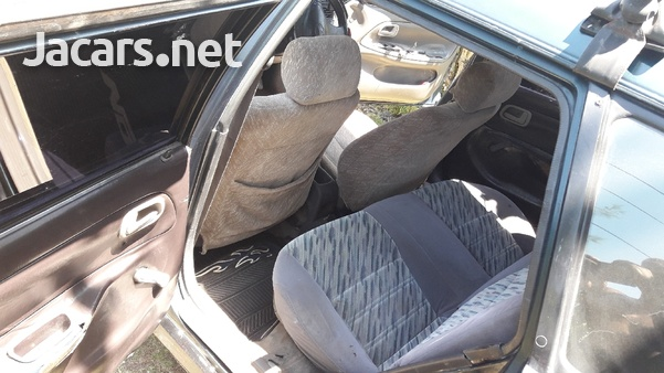 Toyota Corolla 1,3L 1999-5