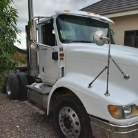 2005 International 9200i Truck