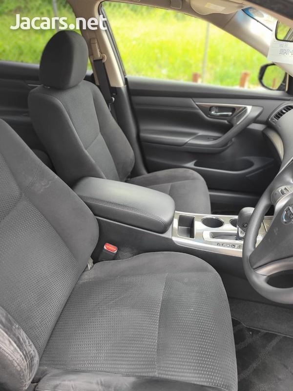 Nissan Teana 2,0L 2015-6