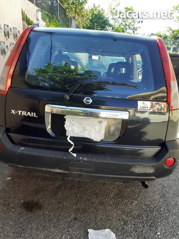 Nissan X-Trail 2,0L 2004-3