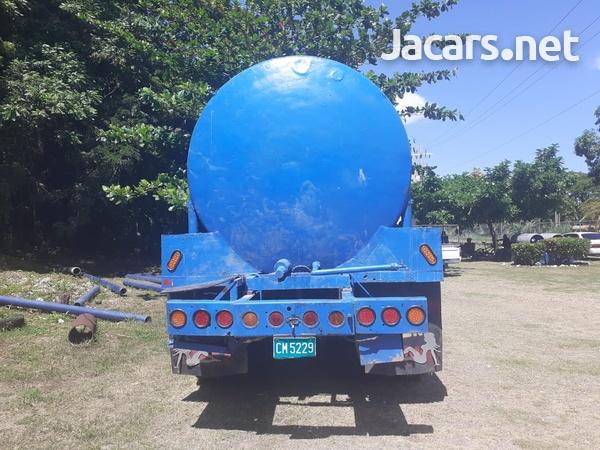 Leyland daf water truck-1