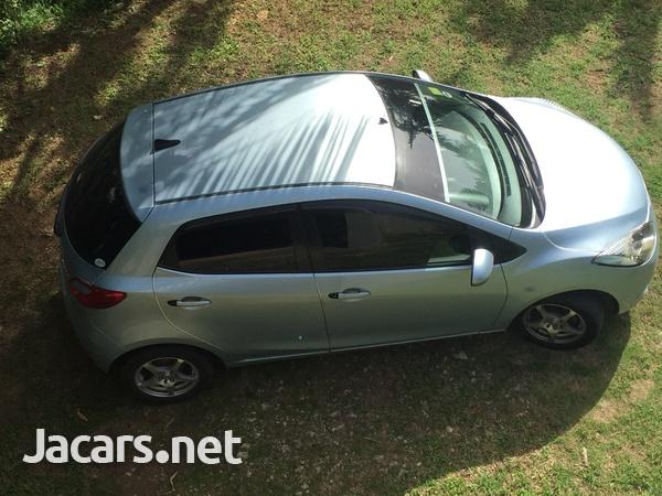 Mazda Demio 1,3L 2009-3