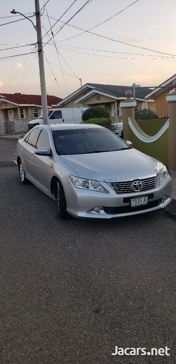 Toyota Camry 2,0L 2013-1