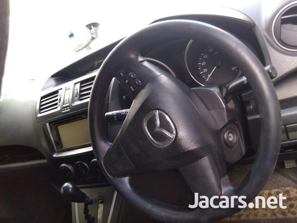 Mazda Premacy 1,8L 2011-6