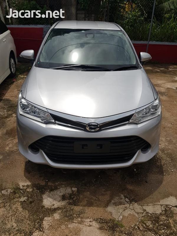 Toyota Axio 1,5L 2016-12