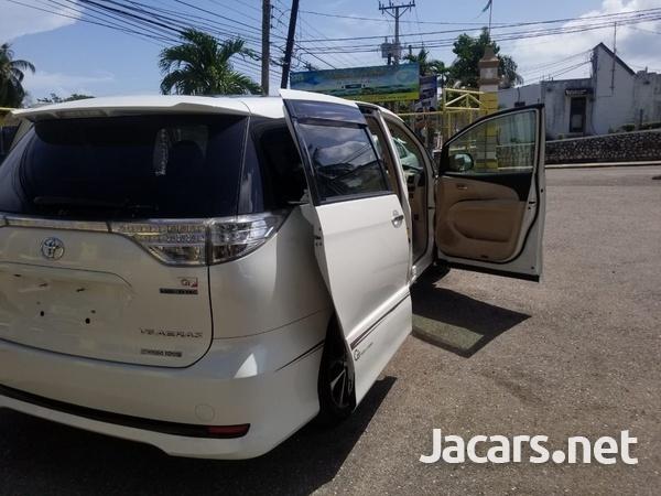 Toyota Estima 2,0L 2013-12