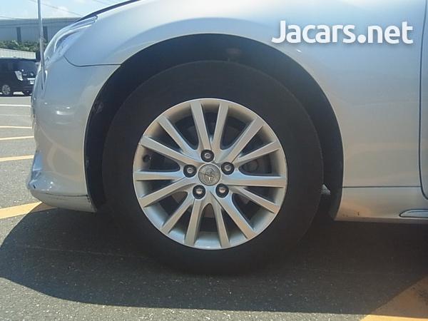 Toyota Mark X 2,5L 2014-11