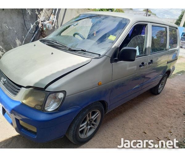 1999 Toyota Noah LiteAce-3