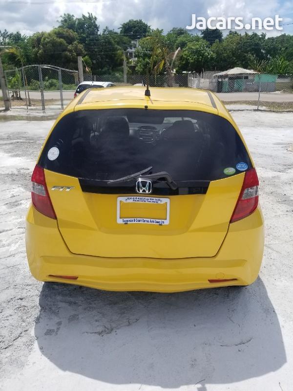 Honda Fit 1,3L 2011-8