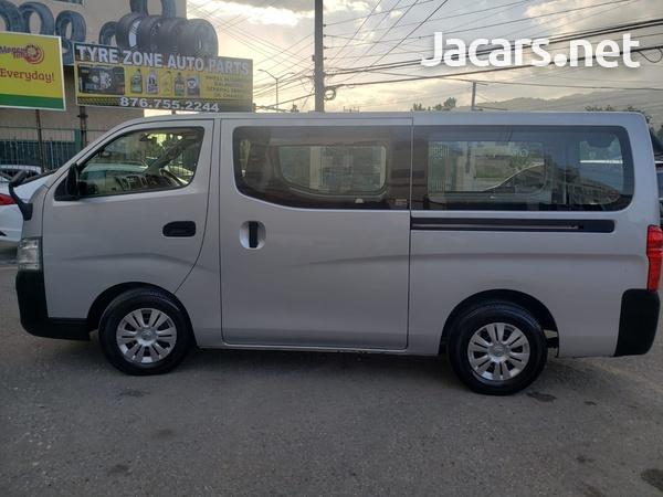 Nissan Caravan 2,5L 2016-4