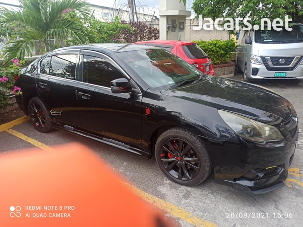 Subaru Legacy 2,5L 2012-6