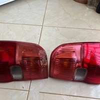 2001-2003 Toyota RAV4 Back Light